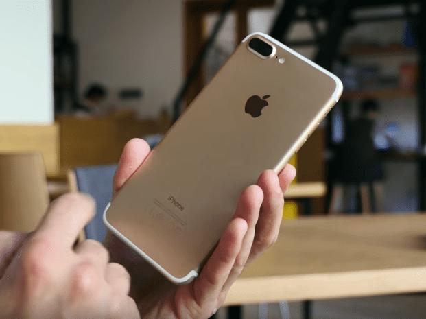 Как ремонтируют айфоны